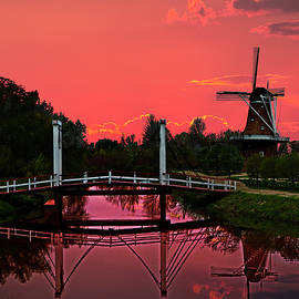 Randall Nyhof - The deZwaan Dutch Windmill at Sunset