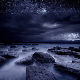 The Edge of Time - Jorge Maia