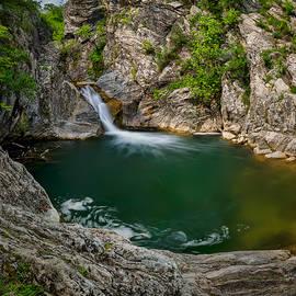 Evgeni Ivanov - The emerald lake