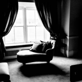 Scott Pellegrin - The Fainting Room
