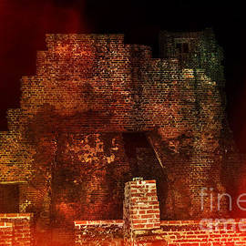 Linsey Williams - The Ghostly Ruins Of An Elizabethan Fireplace