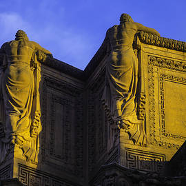 The Great Palace Of Fine Arts - Garry Gay