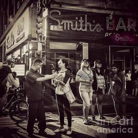 Miriam Danar - The Legendary Smiths Bar - New York City