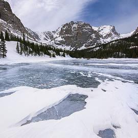 Aaron Spong - The Loch Vale in Winter
