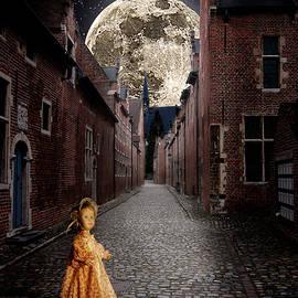 Sandy Viktor Nys - The magic doll