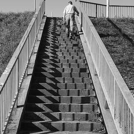 Zeljko Dozet - The Man Who Follows The Lines