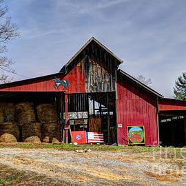 Paul Mashburn - The New Barn