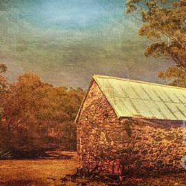 Jan Pudney - The old barn
