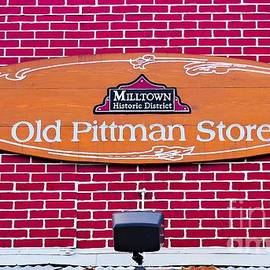 Gary Richards - The Old Pittman Store Sign
