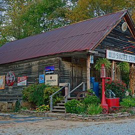 The Old Sautee Store