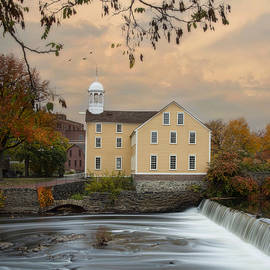 Robin-lee Vieira - The Old Slater Mill