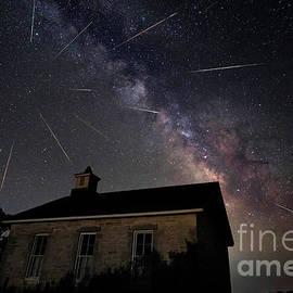 Keith Kapple - The Perseid meteor shower at Lower Fox Creek School