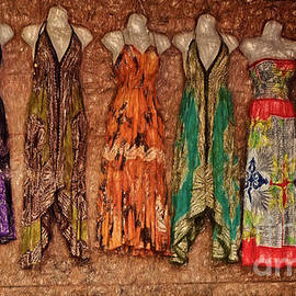 Sue Melvin - The Sundresses