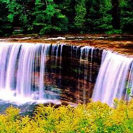 Daniel Thompson - The Upper Falls