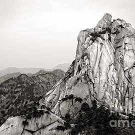 Charline Xia - Tianzhu Mountain Peak