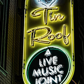 Stephen Stookey - Tin Roof - Gritty