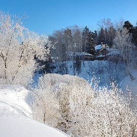 Yuri Hope - Tiny village in the winter