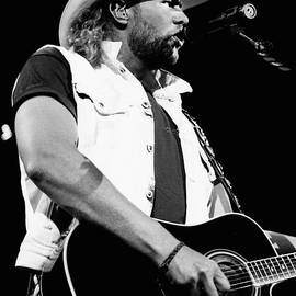 Gary Gingrich Galleries - Toby Keith 95-1552
