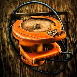 Tools On Wood 32 - YoPedro