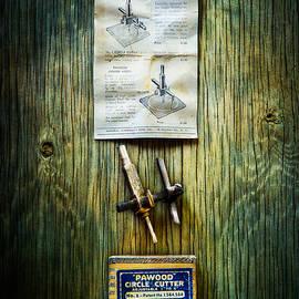 Tools On Wood 37 - YoPedro