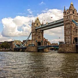 Nicky Jameson - Tower Bridge London