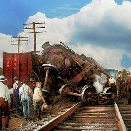 Mike Savad - Train - Accident - Butting heads 1922