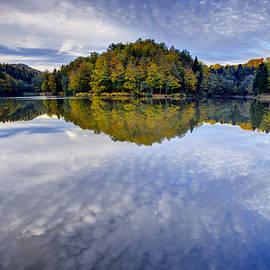 Ivan Slosar - Trakoscan lake in autumn