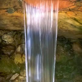 Karen Wiles - Tumbling Waters