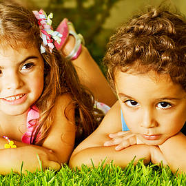 Anna Omelchenko - Two happy kids