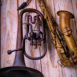 Two Horns - Garry Gay