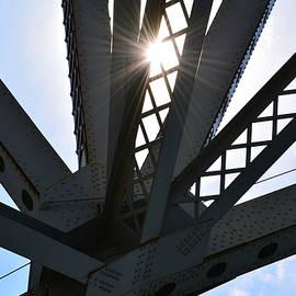 Richard Andrews - Under the Bridge