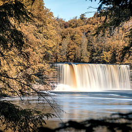 Matt Hammerstein - Upper Tahquamenon Falls 1