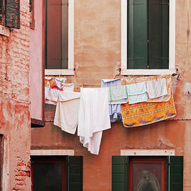 Brooke T Ryan - Venetian Laundry in Peach and Pink