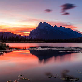 Pierre Leclerc Photography - Vermilion lakes Sunrise