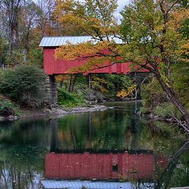 Jeff Folger - Vermont Covered bridge in Northfield Falls