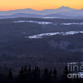 Alan L Graham - Vermont Winter Twilight