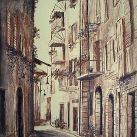 Maja Sokolowska - Verona drawing of a narrow street