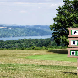 Thomas Woolworth - Vesper Hills Golf Club Tully New York 1st Tee Signage