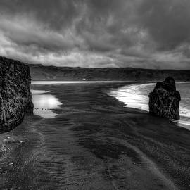 Mike Deutsch - Vik Beach South Iceland