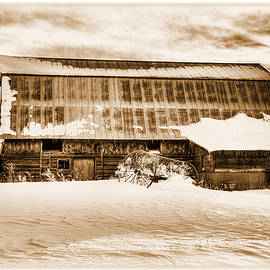 Michael Morse - Vintage Winter Barn