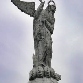 Al Bourassa - Virgen De El Panecillo - Quito Ecuador