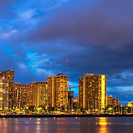 James Roemmling - Waikiki Panorama