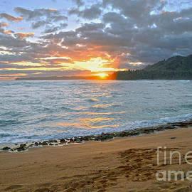 Catherine Sherman - Wainiha Bay Kauai Sunrise
