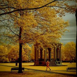 Jeff Folger - Walking Salem Common