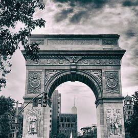 Washington Square Arch - Jessica Jenney