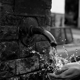 Denis Bayrak - Water Fountain