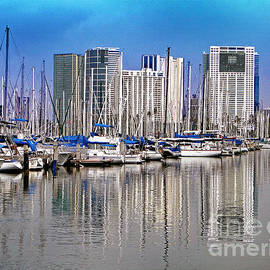 Sue Melvin - Water Reflections in Honolulu