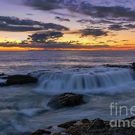 Eddie Yerkish - Wave Over The Rocks