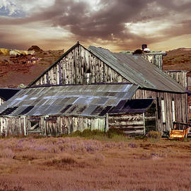 Alan Socolik - Weathered Barn with Storm Clouds