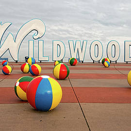 Kristia Adams - Welcome To The Wildwoods